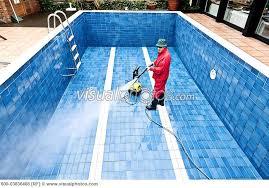 شركة تنظيف مسابح بالمدينة المنورة